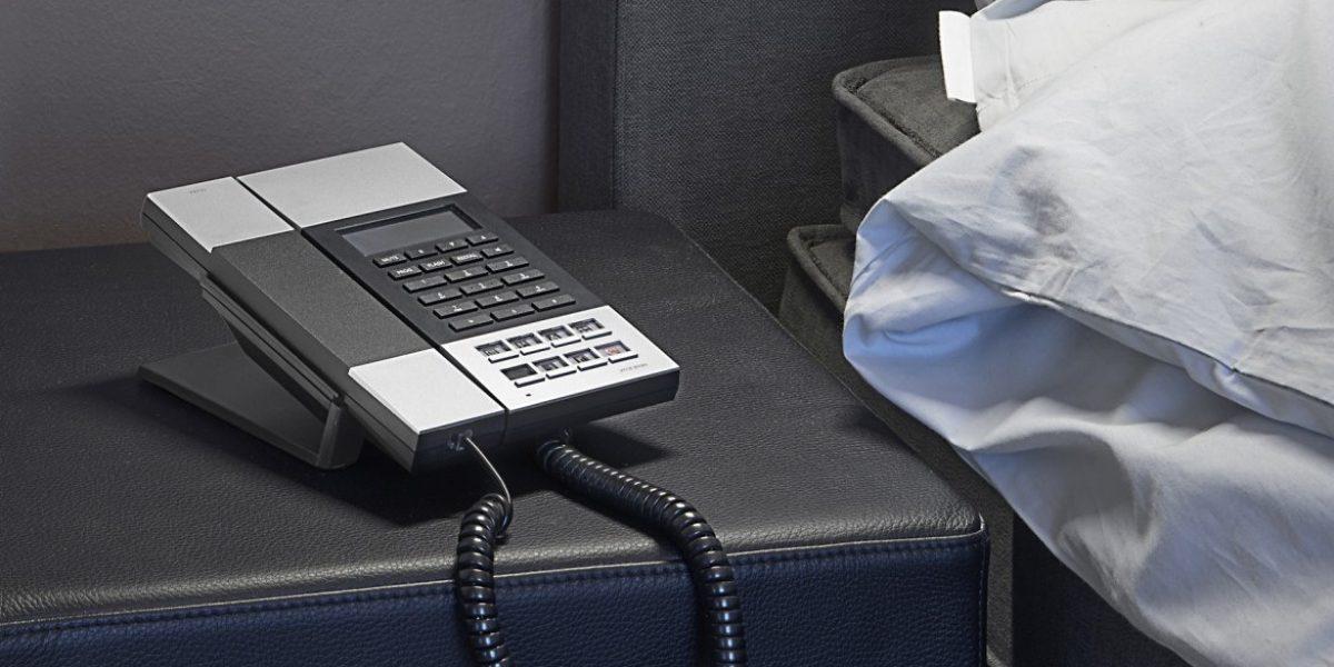 IDD TELEPHONE